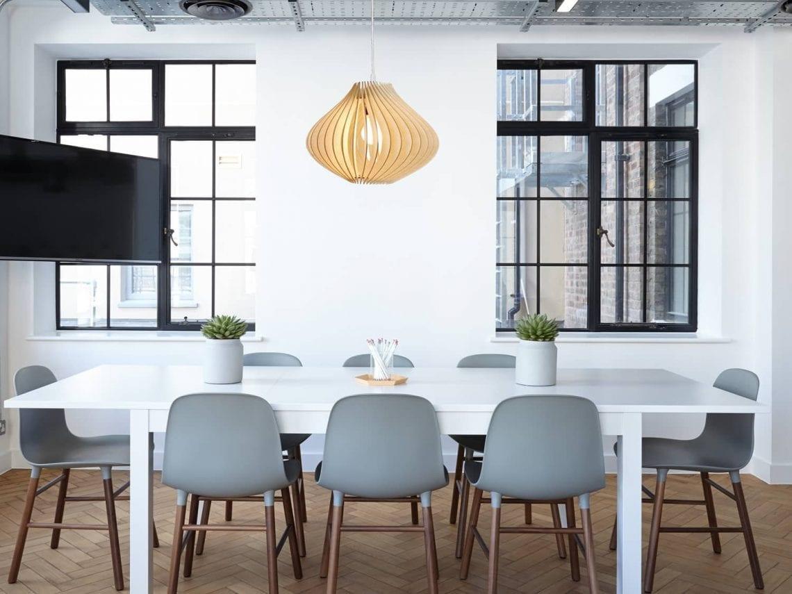 Salon PL1004 Café-bar Cuisine Tomons Lampe de Plafond LED en Bois Plafonnier Lustre du Style Moderne Vintage en Forme de Sphère Bandes de bois Ajustable pour Restaurants Salle de Bain Chambre